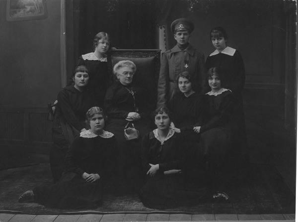 """किरा बशकिरोव। प्रथम विश्व युद्ध की """"सैनिक-लड़की"""""""