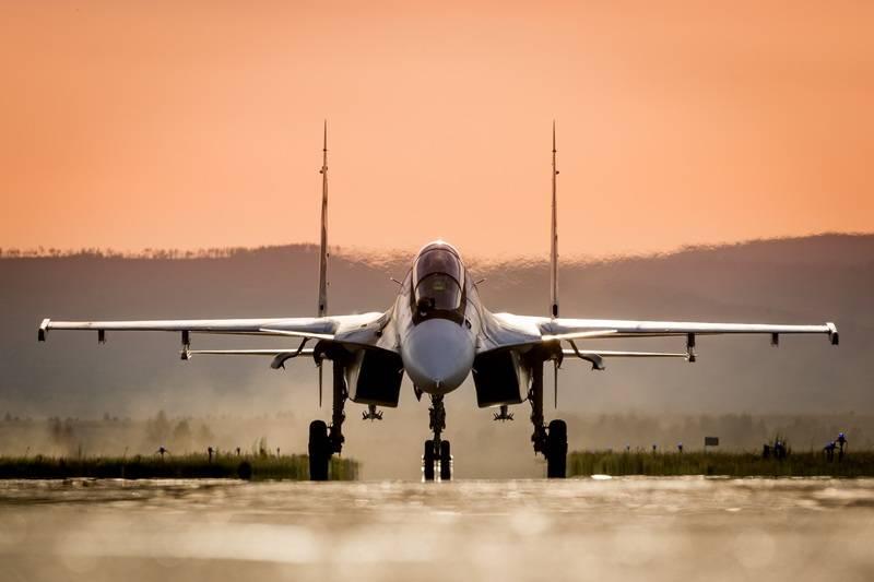 ベラルーシ空軍はYak-130 FourとSu-30CMリンクで補充されます