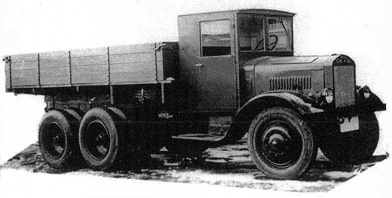 Camion YAG-10. Le premier triaxial soviétique