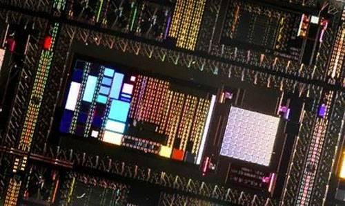 वैज्ञानिकों ने एक क्वांटम कंप्यूटर के निर्माण की दिशा में एक बड़े कदम की घोषणा की है