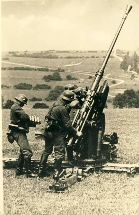 ドイツの対空小口径対ソビエト航空機(7の一部)