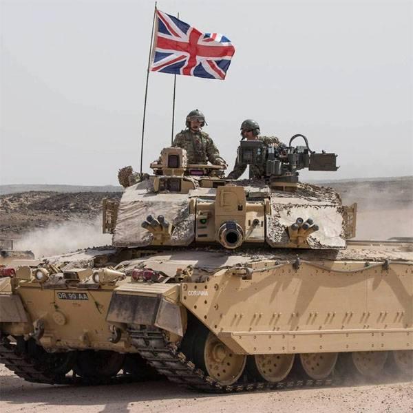ब्रिटेन में, हथियारों और गोला बारूद की कमी की बात कही