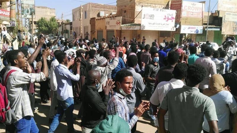 """सूडानी """"मैदान""""। किसे इसकी आवश्यकता है और रूस के लिए क्या खतरनाक है?"""