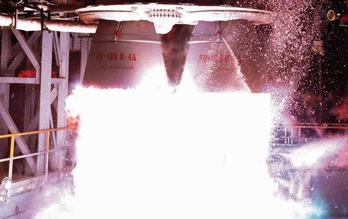 """संयुक्त राज्य अमेरिका में रूसी इंजन RD-180 की खरीद के लिए """"समय सीमा"""" निर्दिष्ट की"""