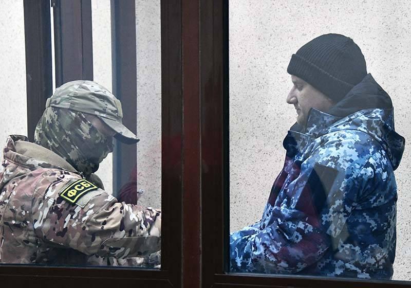 モスクワでは、ウクライナの船員の逮捕の延長を決定します