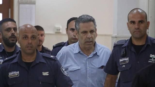 L'ex ministro israeliano ha difeso la spia iraniana