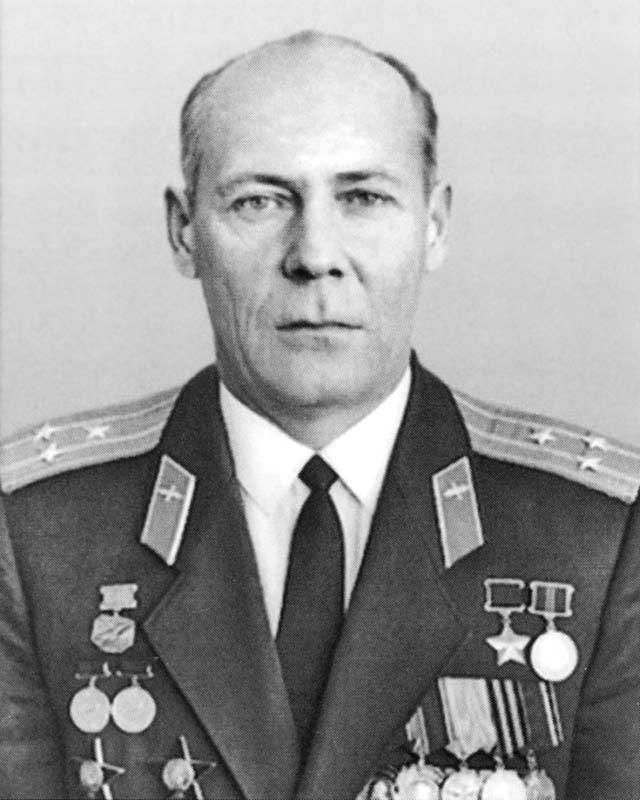 """An-22: """"Cattedrale volante"""" Paese dei sovietici. Registrare lavoro. Parte di 3"""
