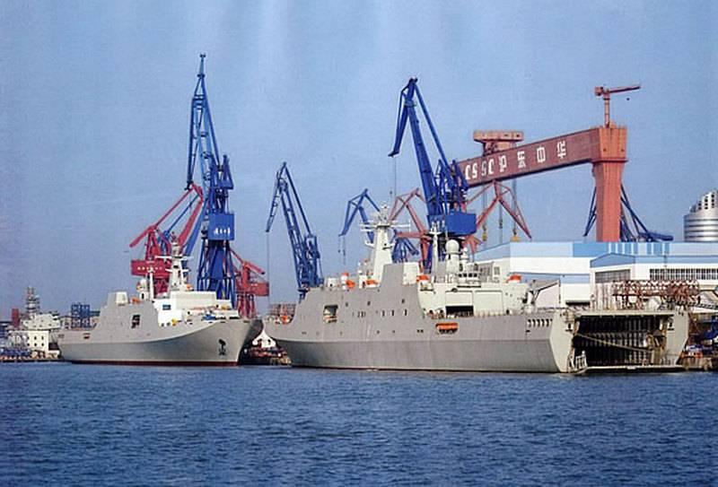 PLA 해군은 두 척의 새로운 선박으로 확대되었습니다.