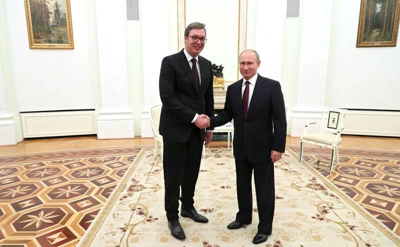 Cosa dicono i media serbi della visita di Putin a Belgrado