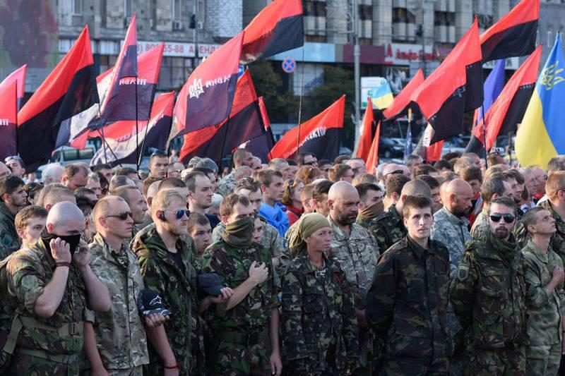 모스크바와의 분쟁 발생시 민간 부문에 우호적 인 분야의 군사 원조 약속