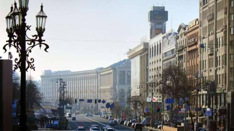 우크라이나에서는 사망률이 출생률을 거의 두 배로 증가시켰다.