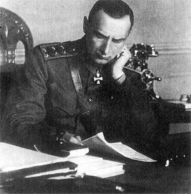 Как Колчак отдал иностранцам Транссиб и погубил сам себя