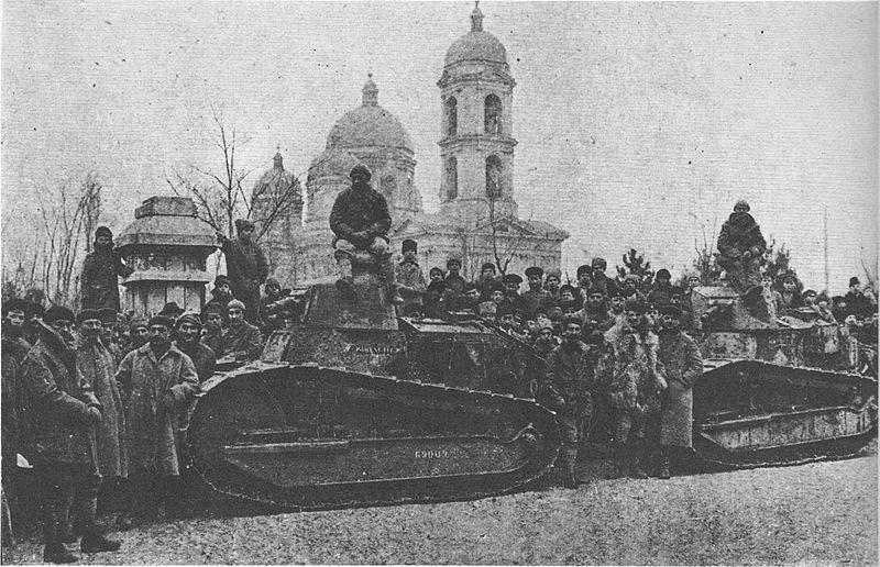 https://topwar.ru/uploads/posts/2019-01/1548185171_800px-char_renault_et_soldats_francais_a_odessa_1918_1919.jpg