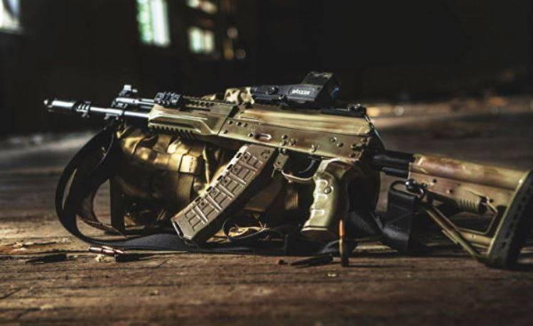 """La preocupación """"Kalashnikov"""" puso el primer lote de AK-12 en el extranjero"""
