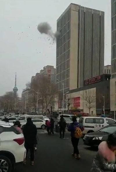 中国北東部のオフィスセンターで2回の爆発が発生