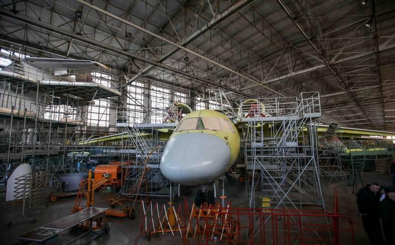 यूक्रेन के आंतरिक मामलों के मंत्रालय के प्रमुख ने 13 एक विमान के अधिग्रहण की योजना की घोषणा की