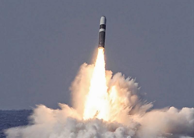 Aux États-Unis, a achevé la modernisation des missiles Trident 2 pour les sous-marins