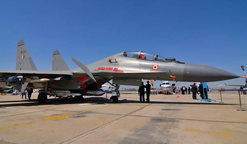 인도 국방부, RF로부터 X-NUMX Su-18MKI 부품 주문