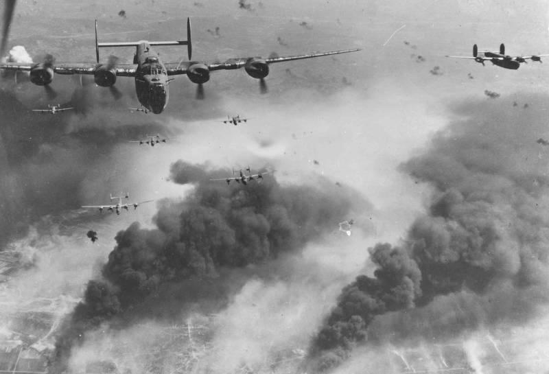 """I """"Liberatori"""" del gruppo di bombardamenti 449 attaccano Bucarest, aprile 1944 dell'anno"""