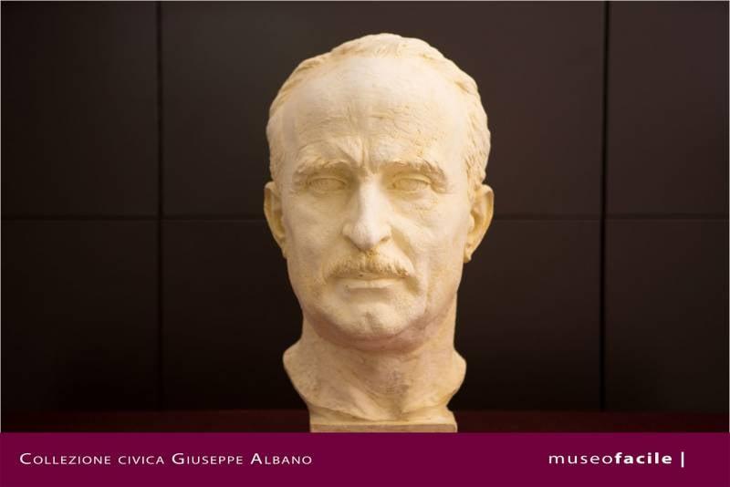 Ritratto scultoreo di Giulio Due