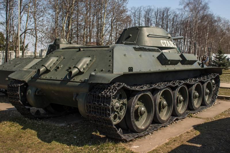 """Почему Т-34 проиграл PzKpfw III, но выиграл у """"Тигров"""" и """"Пантер"""""""