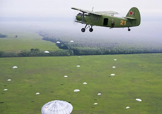 Для чего Минобороны закупило партию Ан-2: незаменимый