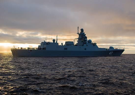 """रूसी नौसेना के फ्रिगेट को अंधाधुंध सिस्टम 5P-42 """"फिलिन"""" मिलता है"""