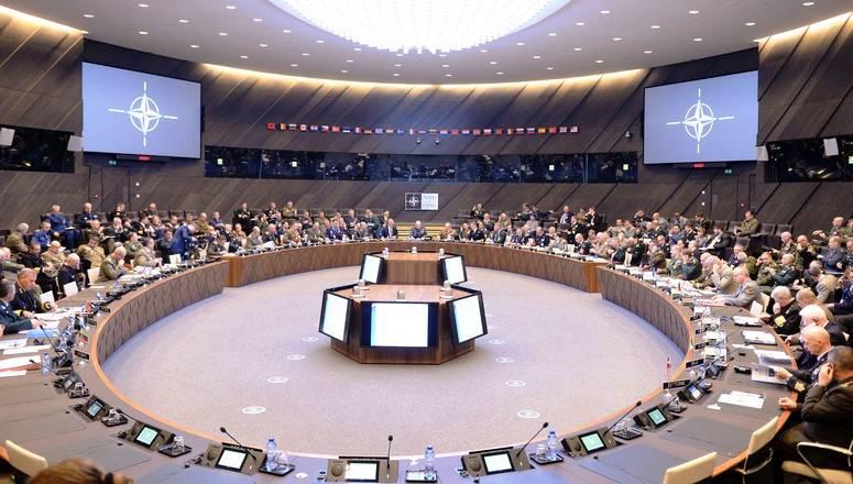 専門家らはロシア連邦とNATOの関係を安定させるための計画を提示した