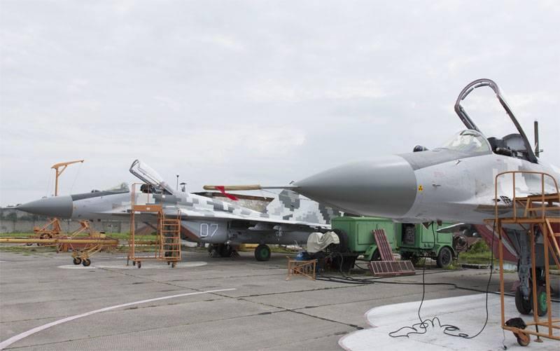 Ex ministro: los diseñadores ucranianos y los pilotos de prueba se van a Rusia