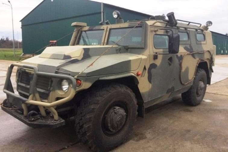 Base russa in Abkhazia riempita con veicoli blindati Tiger-M