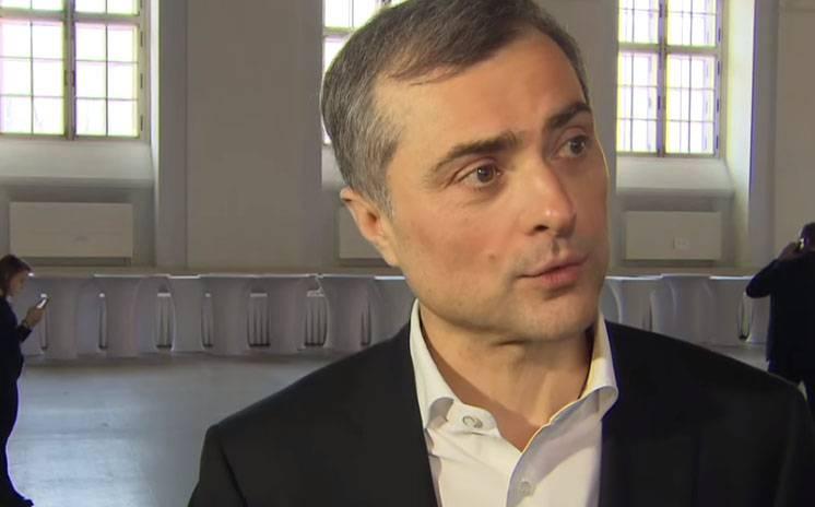"""Песков прокомментировал статью Суркова о """"политической машине Путина"""""""