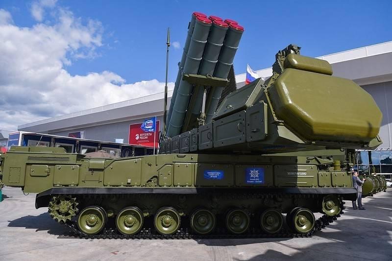 Almaz-Antey Concern présentera pour la première fois les systèmes de défense anti-aérienne Viking Buk-M3