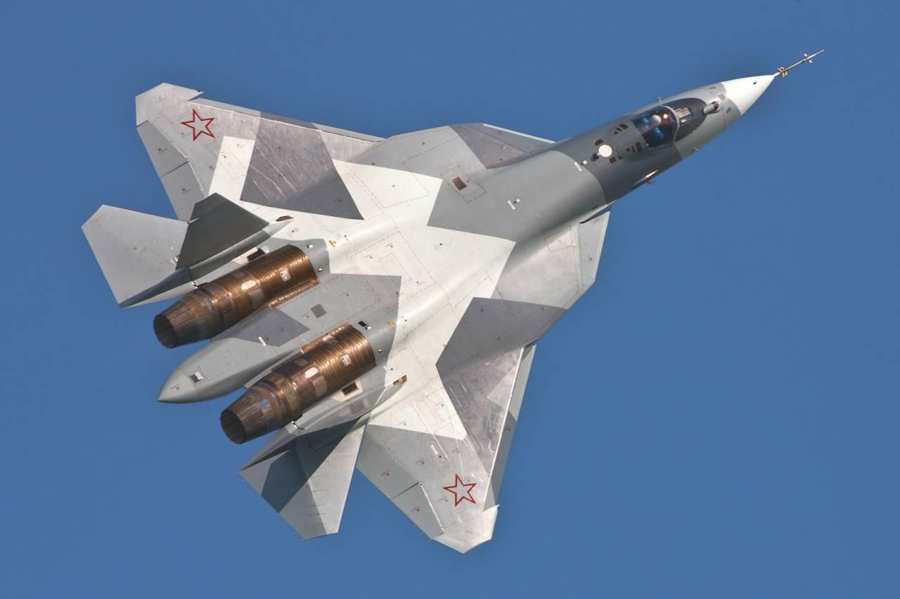 Vice-président de l'ALK: le projet Su-57 sera exporté, le MiG-35 se montrera