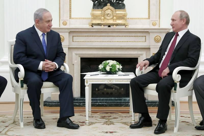 """Netanyahu a eu une rencontre avec Poutine pour des raisons """"politiques internes"""""""