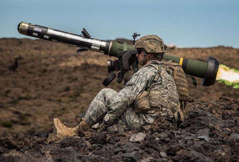 リトアニアはアメリカの対戦車複合体Javelinで武装した