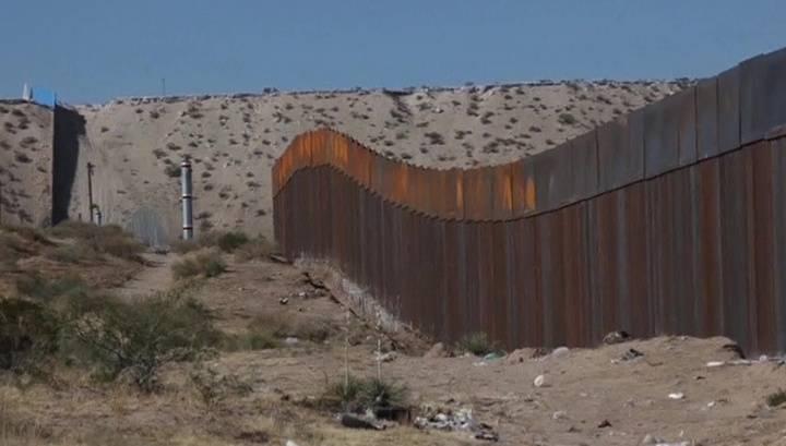 トランプはなぜアメリカを壁の後ろに隠したいのですか?