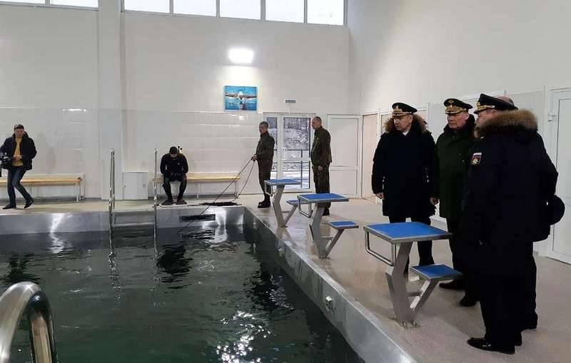 Novorossiyskはダイバーの準備のための最初の複合施設をオープンしました