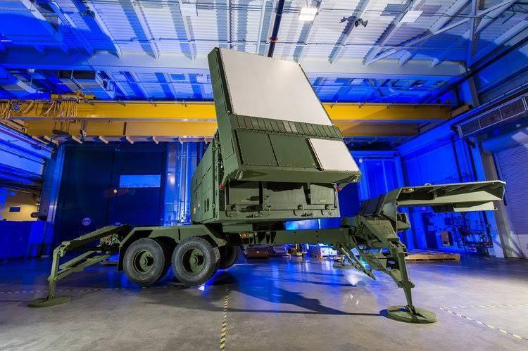 """Pour intercepter le """"Zircon"""" - les États-Unis modernisent de toute urgence le système de défense aérienne - ABM"""