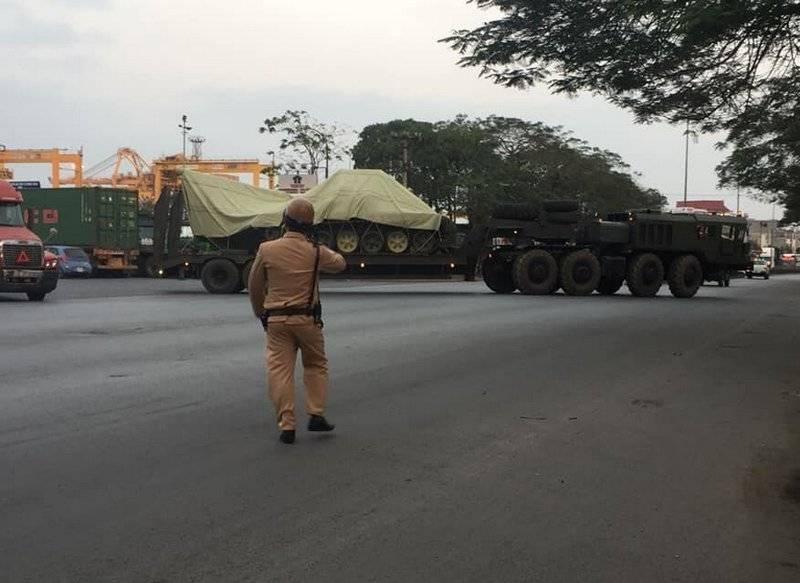 वियतनाम को रूसी टैंकों का दूसरा बैच T-90С प्राप्त हुआ