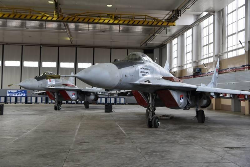 Belarus entregou à Sérvia quatro MiG-29 da presença do Ministério da Defesa da República da Bielorrússia