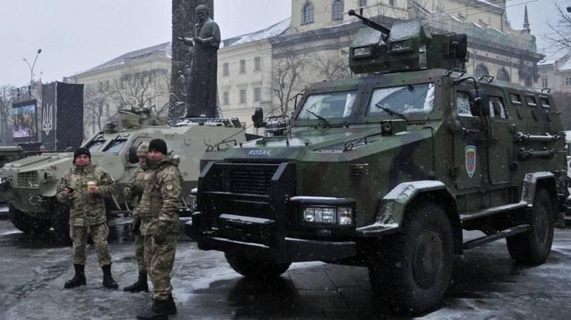 ウクライナでは、近代化された装甲車「コサック-2M1」のテストを発表しました