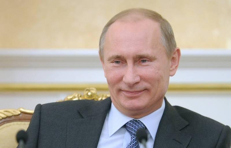 """Конгресс США потребовал от разведки предоставить сведения о """"финансах Путина"""""""