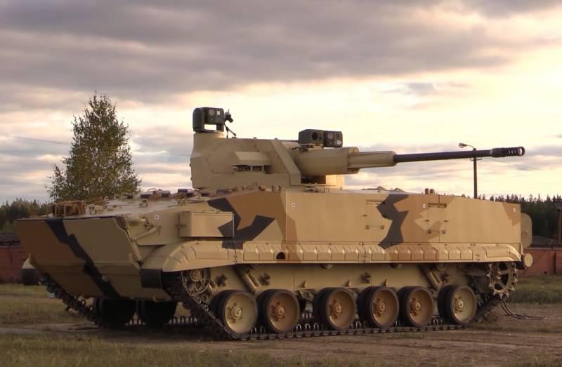 БМП-3, оснащенная боевым модулем АУ-220М, с автоматической пушкой калибра 57 мм