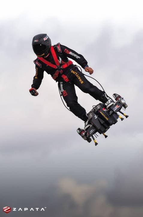 JB11 и Flyboard Air: индивидуальные летательные аппараты для армий