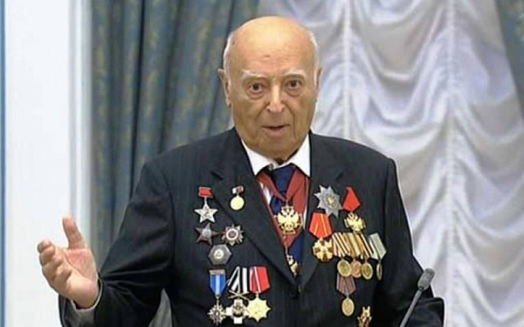 Ушел из жизни Владимир Этуш