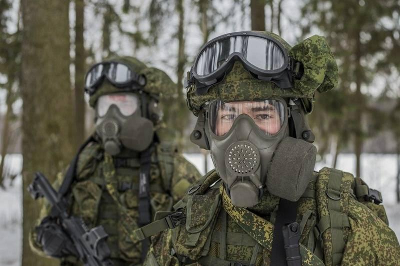 Новые противогазы ПМК-4 начали поступать в части 2-ой армии ЦВО