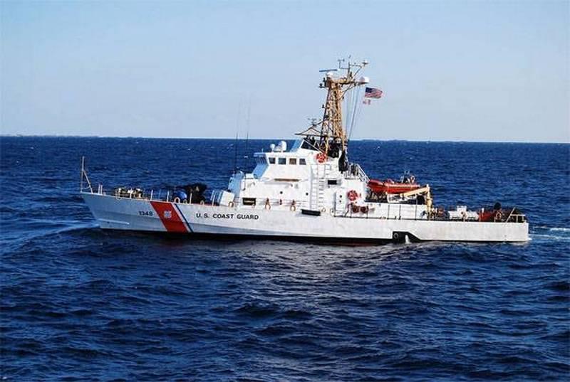 """США """"усилят"""" украинский флот ещё двумя списанными катерами"""