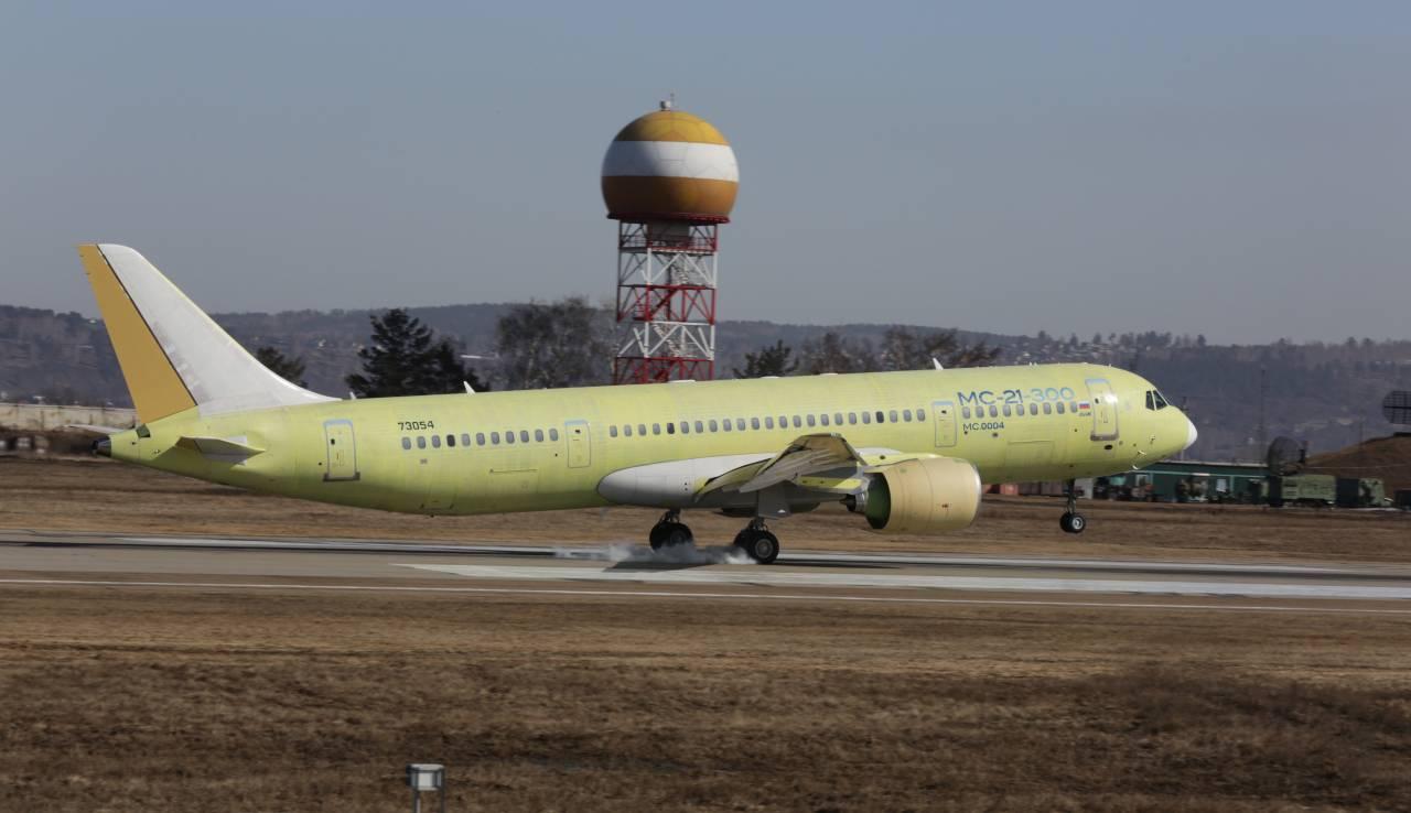 Третий опытный самолет МС-21-300 впервые поднялся в воздух