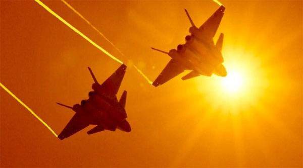 In China, said the advantage of the fighter J-20 on the su-57 and F-35