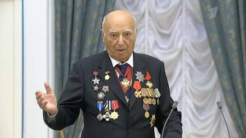 Актёр и воин. Как воевал Владимир Этуш